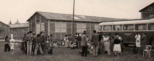 1956-A-arrivee-camp-sainte-livrade