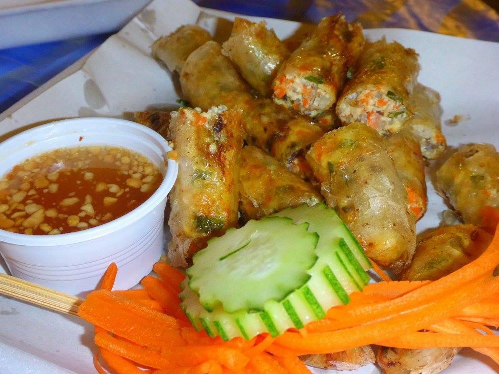 Nems au poulet vietnamiens
